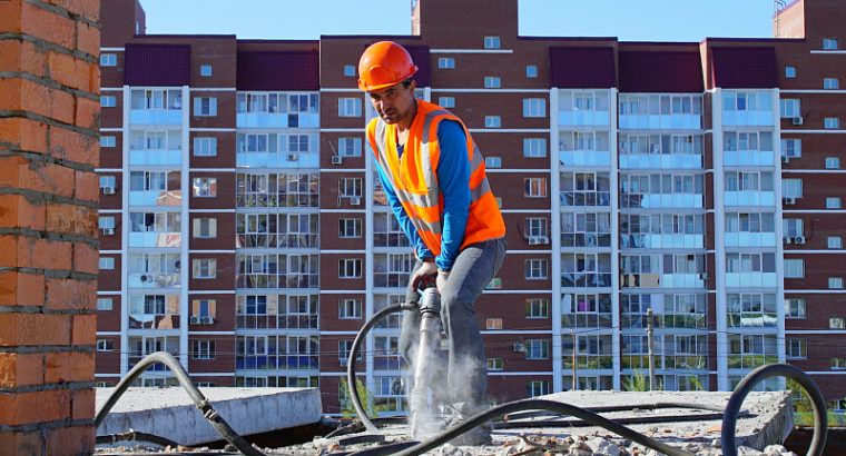Новая подрядная организация разбирает первые два этажа строящегося дома в ЖК «Березки» г. Хабаровск