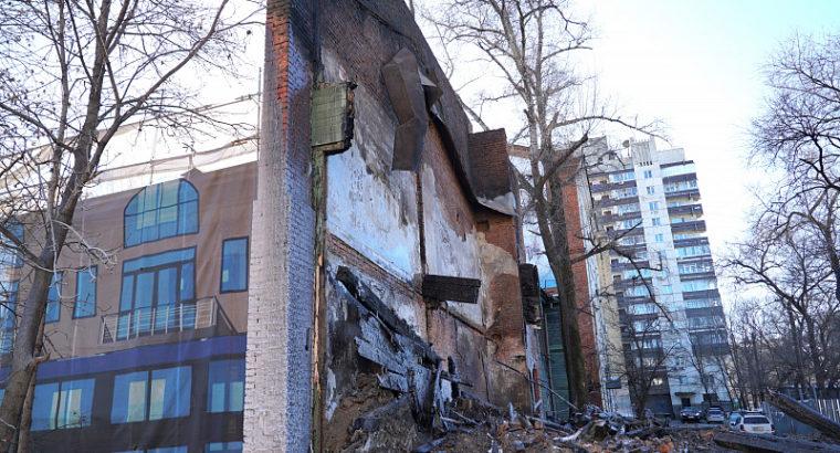 Мэрия Хабаровска разорвет договор аренды земли в центре Хабаровска  с компанией «Жилстройреконструкция».