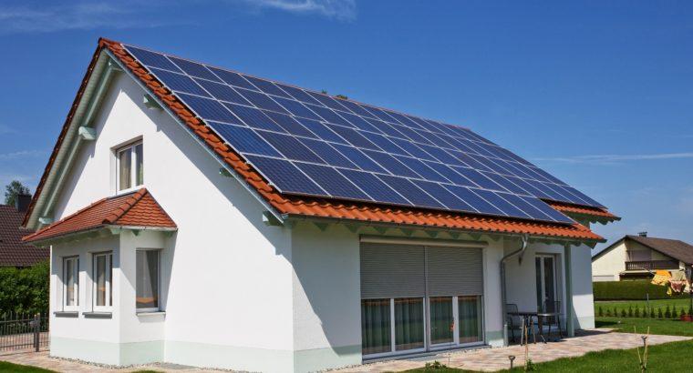 Президент подписал закон разрешающий жителям частных домов обеспечивать себя электроэнергией и продавать ее излишки.