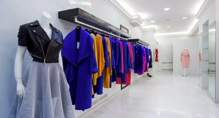 Хабаровские магазины которые торгуют сегодня одеждой, обувью, ювелирной продукцией, стройматериалами, товарами для садоводов должны быть закрыты.