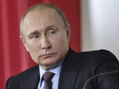 Путин поручил проработать снижение первого взноса по ипотеке.