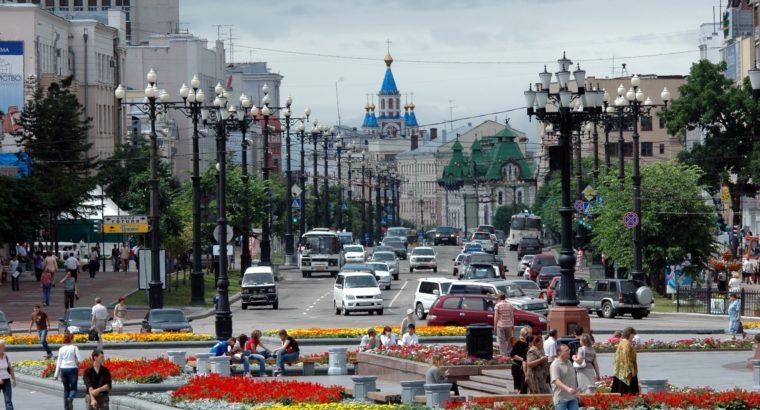 Губернатор Сергей Фургал подписал новое постановление правительства Хабаровского края, снимающее режим самоизоляции и сопутствующие ограничения, установленные в регионе.