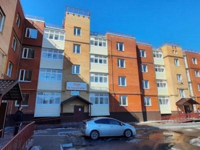 В Хабаровске заселяют скандальный долгострой на Алексеевской.