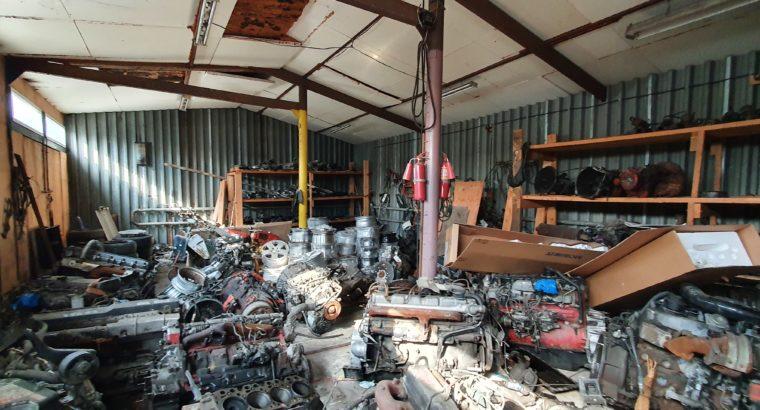 Продажа склада-магазина с землей, помещением, бизнесом и товарными остатками!
