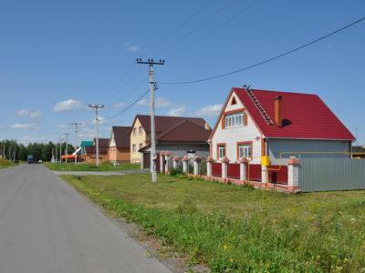 Банк ДОМ.РФ начал выдавать «Сельскую ипотеку» со ставкой от 2,3% на новых условиях.