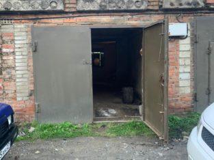 Продам гараж в р-не Памятника Партизанам!