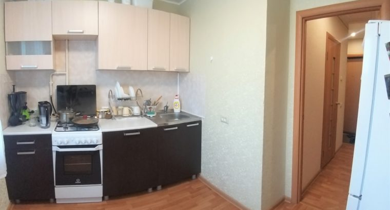 Продам 1 комнатную квартиру Близко к Центру