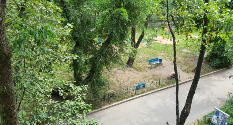 3-ком Ворошилова 18 (ТЦ ЭВР)