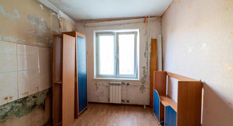 Трехкомнатная квартира недалеко от центра города