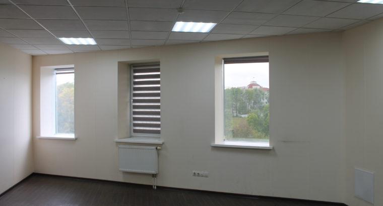 Сдам в аренду офисное помещение в центре города (Городские пруды)
